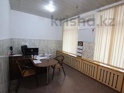 Здание, Илтипат 45В — Шаляпина площадью 650 м² за 2.1 млн 〒 в Алматы, Ауэзовский р-н — фото 22