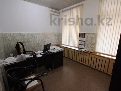 Здание, Илтипат 45В — Шаляпина площадью 650 м² за 2.1 млн 〒 в Алматы, Ауэзовский р-н — фото 25