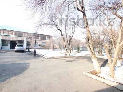 Здание, Илтипат 45В — Шаляпина площадью 650 м² за 2.1 млн 〒 в Алматы, Ауэзовский р-н — фото 37