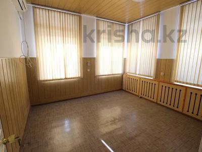 Здание, Илтипат 45В — Шаляпина площадью 650 м² за 2.1 млн 〒 в Алматы, Ауэзовский р-н — фото 7