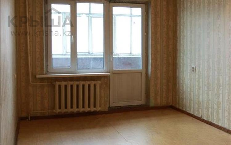 1-комнатная квартира, 33 м², 2/5 этаж, мкр Аксай-2А, Саина за 15.9 млн 〒 в Алматы, Ауэзовский р-н