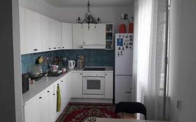 3-комнатная квартира, 90 м², 9/9 этаж, Алихана Бокейханова 17 за 29 млн 〒 в Нур-Султане (Астана), Есиль р-н