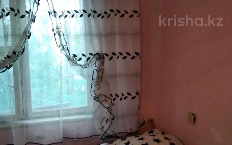3-комнатная квартира, 65 м², 3/5 этаж, Алибекова 3 за 7.5 млн 〒 в Каргалы (п. Фабричный)
