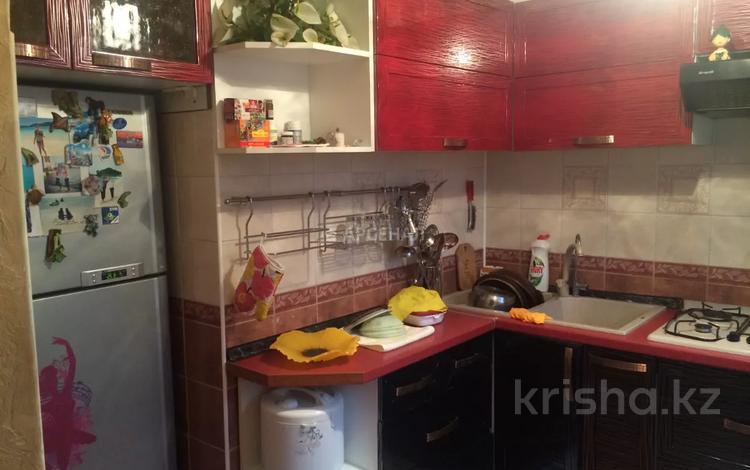 2-комнатная квартира, 45 м², 4/4 этаж, мкр №10 А, Шаляпина — Саина за 16.3 млн 〒 в Алматы, Ауэзовский р-н
