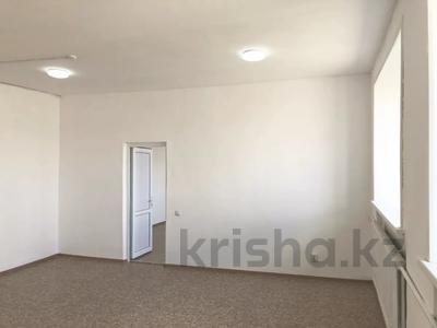 Здание, площадью 1300 м², проспект Нургисы Тлендиева за 139 млн 〒 в Нур-Султане (Астана), Сарыарка р-н — фото 11