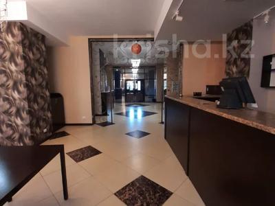 Здание, площадью 1629 м², Бауржана Момышулы 24 за 690 млн 〒 в Нур-Султане (Астана), Алматы р-н — фото 7