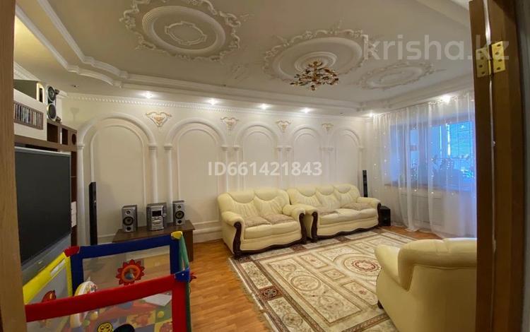 3-комнатная квартира, 110 м², 9/9 этаж, Кажымукана 14 за 40 млн 〒 в Нур-Султане (Астана), Алматы р-н