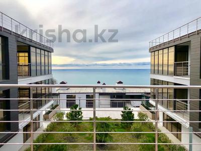3-комнатная квартира, 112 м², 3/3 этаж, Прозрачная 35 за 70 млн 〒 в Сочи — фото 2