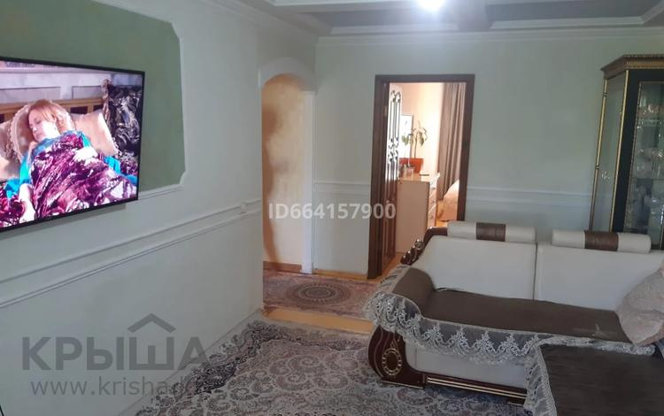 3-комнатная квартира, 59 м², 4/5 этаж, мкр Орбита-1, Мкр Орбита-1 38 за 25 млн 〒 в Алматы, Бостандыкский р-н