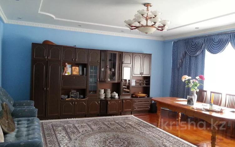 4-комнатная квартира, 134 м², 2/2 этаж, 30 лет Победы 21 за 24 млн 〒 в Жезказгане