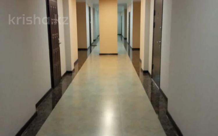 2-комнатная квартира, 112.3 м², 6/8 этаж, Омаровой за 45 млн 〒 в Алматы, Медеуский р-н