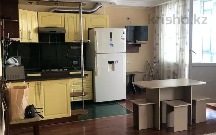 2-комнатная квартира, 60 м², 10/12 этаж помесячно, Сыганак 10 за 120 000 〒 в Нур-Султане (Астана), Есиль р-н