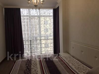 1-комнатная квартира, 41 м², 8/10 этаж посуточно, Еримбетова за 9 000 〒 в Шымкенте, Енбекшинский р-н