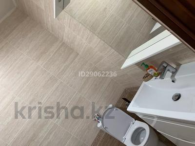 1-комнатная квартира, 41 м², 8/10 этаж посуточно, Еримбетова за 9 000 〒 в Шымкенте, Енбекшинский р-н — фото 10