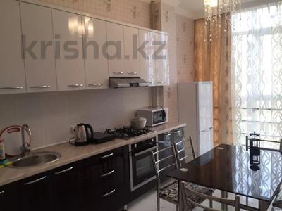 1-комнатная квартира, 41 м², 8/10 этаж посуточно, Еримбетова за 9 000 〒 в Шымкенте, Енбекшинский р-н — фото 3