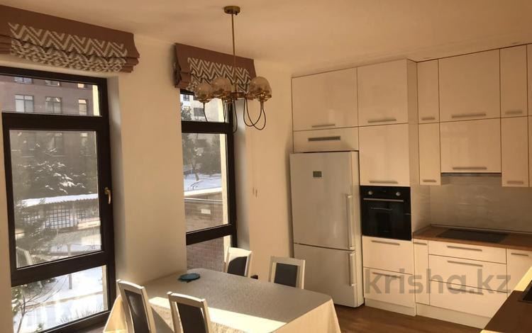 3-комнатная квартира, 150 м², 2/6 этаж помесячно, Еркегали Рахмадиева 4 за 500 000 〒 в Алматы, Бостандыкский р-н