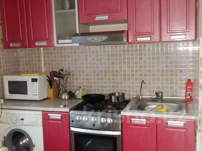 2-комнатная квартира, 46 м², 2/5 этаж, Отырар — Республики за 16.5 млн 〒 в Нур-Султане (Астана), р-н Байконур — фото 2