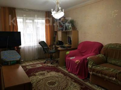 2-комнатная квартира, 46 м², 2/5 этаж, Отырар — Республики за 16.5 млн 〒 в Нур-Султане (Астана), р-н Байконур — фото 3