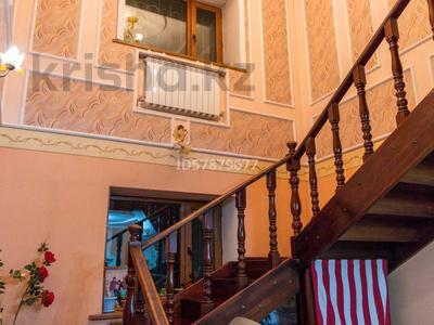 6-комнатный дом, 260 м², 5.3 сот., Байгазиева 89 за ~ 49.9 млн 〒 в Каскелене — фото 6