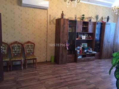 6-комнатный дом, 260 м², 5.3 сот., Байгазиева 89 за ~ 49.9 млн 〒 в Каскелене — фото 7