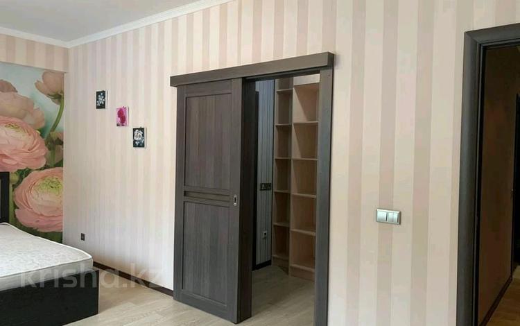 2-комнатная квартира, 90 м², 6/28 этаж помесячно, Желтоксан 2 за 170 000 〒 в Нур-Султане (Астана)