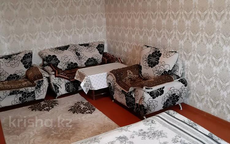 1-комнатная квартира, 32 м², 3/5 этаж посуточно, Бегим ана 13 — Кооперативная за 5 000 〒 в