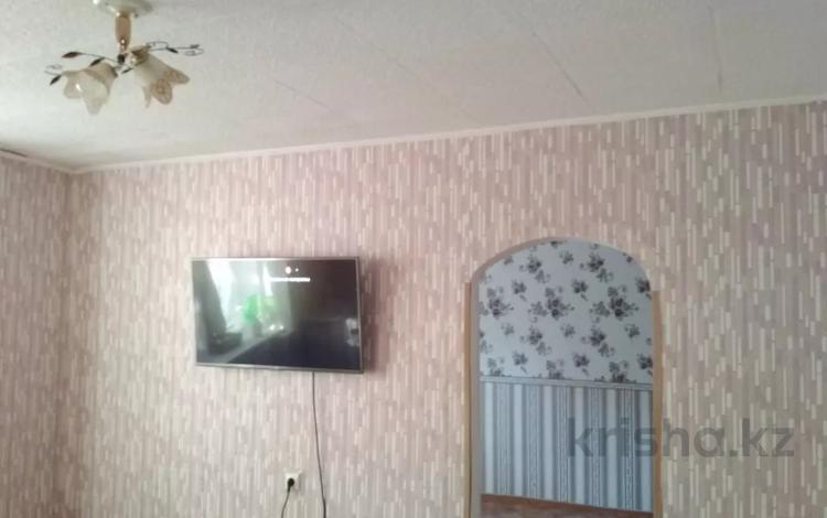 2-комнатная квартира, 32 м², 2/5 этаж, Чекалина 30 Б — Рыскулова за 3.5 млн 〒 в Актобе, Старый город