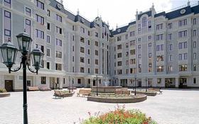 4-комнатная квартира, 170 м², 5/7 этаж, Зенкова 75 за 165 млн 〒 в Алматы