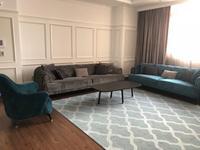 5-комнатная квартира, 220 м², 15 этаж помесячно