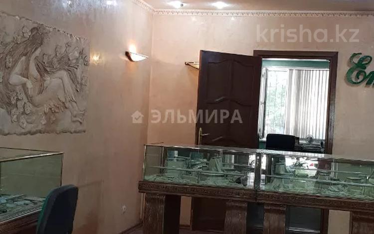 Помещение площадью 77 м², Курмангазы — Чайковского за 690 000 〒 в Алматы