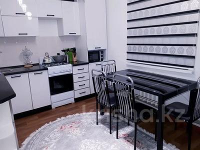 3-комнатная квартира, 72 м², 2/5 этаж посуточно, Южный 15 Б — Абдрахманова за 12 000 〒 в