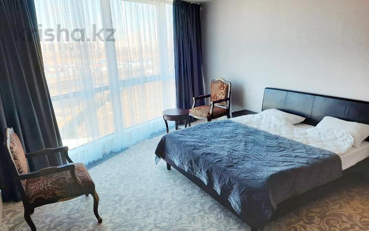 3-комнатная квартира, 118 м², 7/25 этаж помесячно, Туран за 550 000 〒 в Нур-Султане (Астане), Есильский р-н