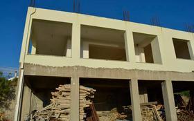 6-комнатный дом, 240 м², 10 сот., Плака — Центр за 130 млн 〒 в Ханья
