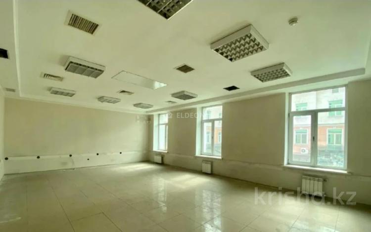 Помещение площадью 745 м², Богенбай Батыра — Кунаева за 4 500 〒 в Алматы