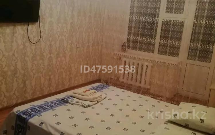 1-комнатная квартира, 36 м², 6/9 этаж посуточно, 11 10 за 6 000 〒 в Актобе, мкр 11