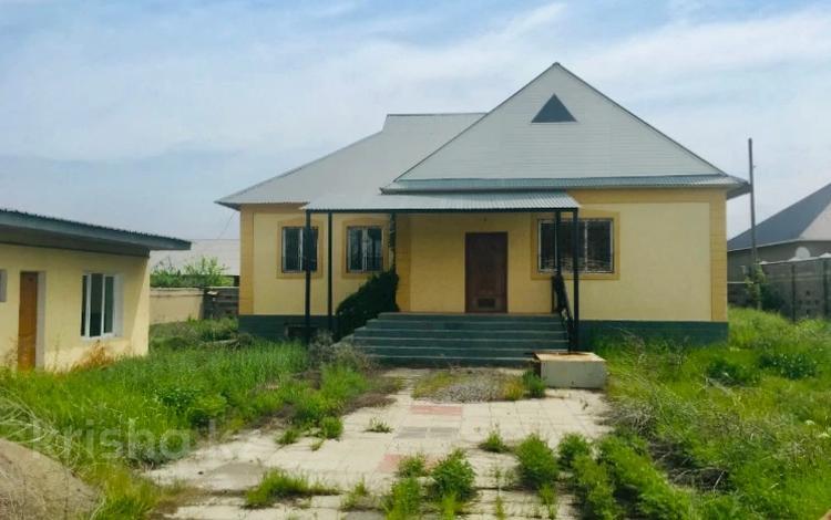 4-комнатный дом, 195 м², 12 сот., Мкр Шапагат за 44 млн 〒 в Шымкенте, Енбекшинский р-н
