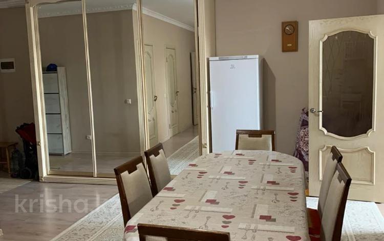 3-комнатная квартира, 75 м², 9/9 этаж, Туркестан 32 за 32.5 млн 〒 в Нур-Султане (Астана), Есиль р-н