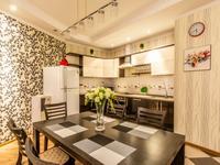 2-комнатная квартира, 90 м², 9/30 этаж по часам