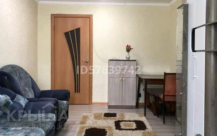 3-комнатная квартира, 60 м², 1/5 этаж посуточно, Морозова 53 за 12 000 〒 в Щучинске