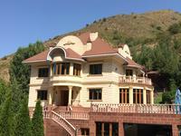 8-комнатный дом, 850 м², 14 сот.