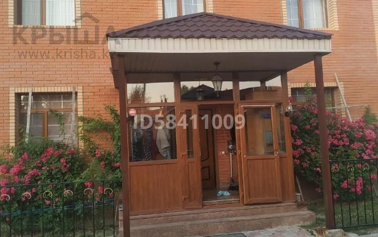 6-комнатный дом, 240 м², 6 сот., Суюнбая за 54 млн 〒 в Бесагаш (Дзержинское)