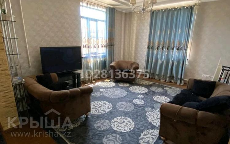 6-комнатный дом, 230 м², 10 сот., Шугыла 19 за 50 млн 〒 в
