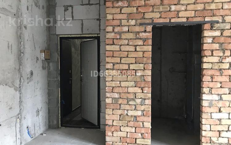 2-комнатная квартира, 72 м², 9/13 этаж, Варламова 1/3 за 34 млн 〒 в Алматы, Алмалинский р-н