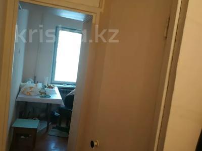 1-комнатная квартира, 35 м², 1/5 этаж, Кашкарская 8 за 14 млн 〒 в Алматы — фото 2