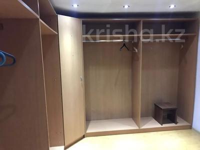 8-комнатный дом помесячно, 600 м², 10 сот., Шарля де Голля за 1 млн 〒 в Нур-Султане (Астана), Алматинский р-н — фото 12