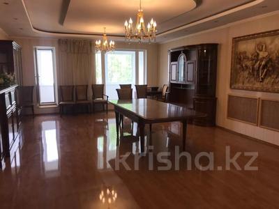 8-комнатный дом помесячно, 600 м², 10 сот., Шарля де Голля за 1 млн 〒 в Нур-Султане (Астана), Алматинский р-н