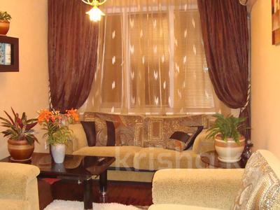 2-комнатная квартира, 51 м², 5/5 этаж помесячно, 14-й мкр 35 за 100 000 〒 в Актау, 14-й мкр