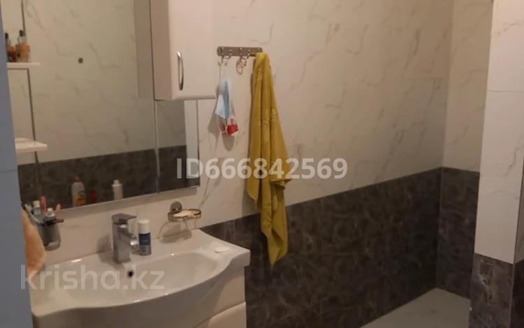 6-комнатный дом, 170 м², 12 сот., 2-й Смоленский переулок 32 за 40 млн 〒 в Таразе
