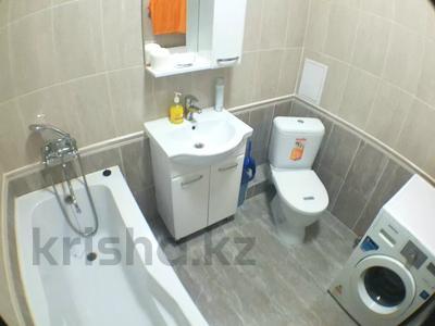 2-комнатная квартира, 75 м², 5/14 этаж посуточно, 17-й мкр за 12 900 〒 в Актау, 17-й мкр — фото 2