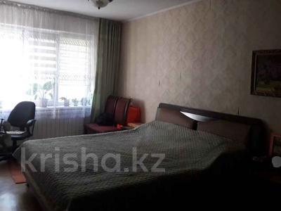 3-комнатная квартира, 60 м², 3/5 этаж, мкр Орбита-2, Биржана — Навои за 28.5 млн 〒 в Алматы, Бостандыкский р-н